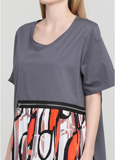 Сіра кежуал сукня оверсайз 159 С з абстрактним візерунком