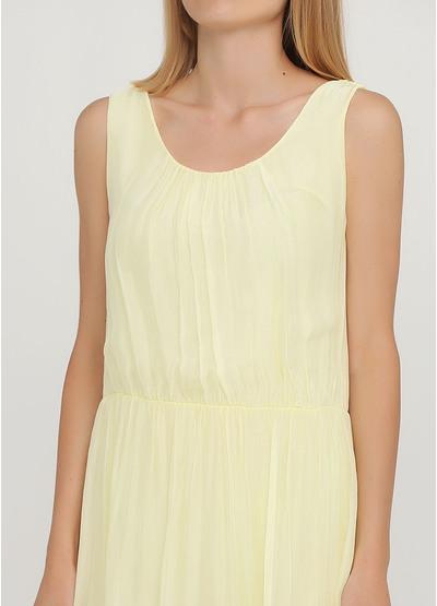 Светло-желтое кэжуал платье клеш Moda Italia однотонное